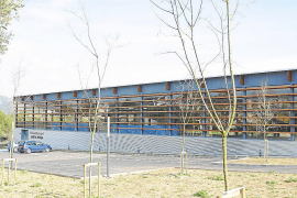Calvià cerrará en verano cuatro de las seis piscinas cubiertas municipales