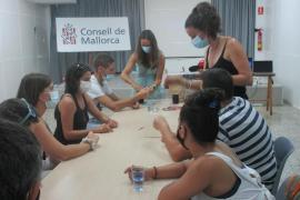 65 personas participan en los talleres de centros culturales de Inca y Manacor