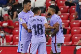 Depay se estrena como goleador y el Barça saca un punto de San Mamés