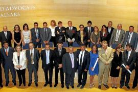 El decano reitera sus críticas a las tasas judiciales en la fiesta anual de los letrados