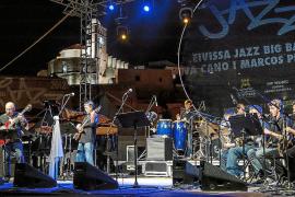 La Marina Band, sobre el escenario del Baluarte de Santa Llúcia, que un año más acoge el Eivissa Jaz