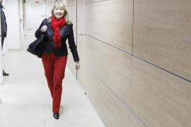 El PP decide esta tarde qué postura adoptar tras el aplazamiento del pleno de renuncia de Jáuregui