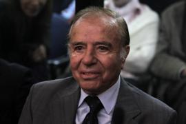 El expresidente argentino Carlos Menem, condenado a 7 años por tráfico de armas