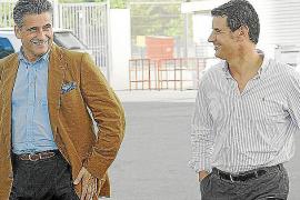 Nueve policías locales serán juzgados por la detención del abogado Tugores