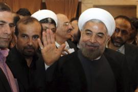 El reformista Rohani es elegido presidente de Irán en la primera vuelta