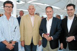 Entrega de premios del XXXV Trofeo de las fuerzas armadas en el club náutico de Palma
