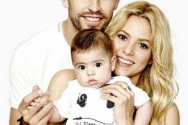 Shakira felicita a Piqué por su primer día del Padre