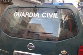 Parto en un coche patrulla de la Guardia Civil en Menorca