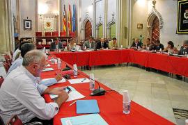 Sansaloni se compromete ante el Consell de Salut a reducir las listas de espera