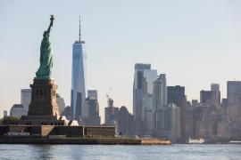 Nueva York recuerda a las víctimas de los atentados del 11-S con un solemne acto