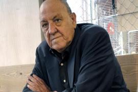 El escritor Javier Tomeo fallece en Barcelona a los 80 años