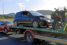 Un herido en un accidente múltiple con cuatro vehículos en Santa Eulària