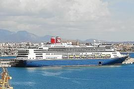 Primera visita del crucero de lujo 'Borealis' a Palma
