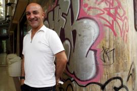 Toni Cuenca: «El rock and roll le sienta de fábula a la Orquestra Simfònica de Balears»