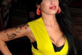 El hermano de Amy Winehouse achaca su muerte a la bulimia