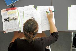 Los centros que no aprobaron su proyecto lingüístico deben presentar otro