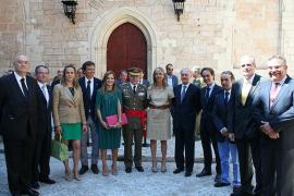 Bienvenida al nuevo comandante general de Balears en l'Almudàina