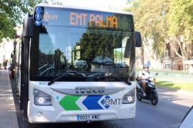 Imagen de un autobús de la EMT