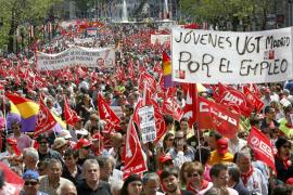 Empleo y pensiones dignas, principales proclamas del Primero de Mayo en Madrid