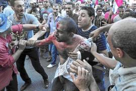 Dos muertos en los enfrentamientos entre partidarios y detractores de Mursi