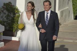 La hija de Artur Mas celebra una boda íntima en Menorca