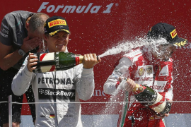 Rosberg gana en Silverstone por delante de Webber y Alonso