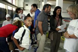 """Baleares recibe 95 niños saharauis del programa """"Vacaciones en Paz"""""""