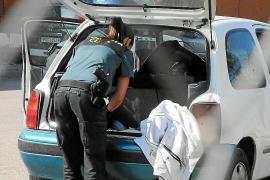 Detenidos por robar en doce coches estacionados en playas de Calvià