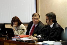 El fiscal asegura que los acusados se valieron de su cargo para «prostituir las instituciones»