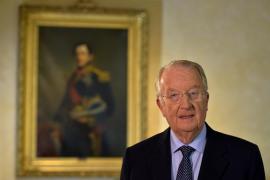 El rey Alberto II sorprende a los belgas al anunciar su abdicación por salud