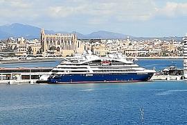 Dos nuevos cruceros llegan a Palma en visita inaugural