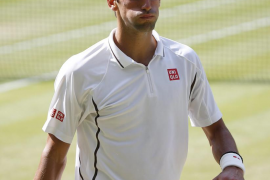 Djokovic derriba a Del Potro en la semifinal más larga de Wimbledon