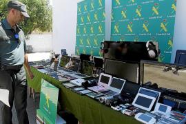 La Guardia Civil atribuye al menos 20 robos en casas a una banda desmantelada en Mallorca