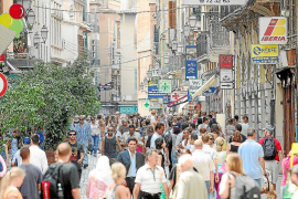 Una ley de Rajoy obligará a modificar la normativa balear de comercio y de juego