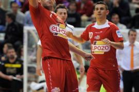 Miguelín opta, junto a Lozano, Kike y Bateria, a ser el 'MVP' de la temporada
