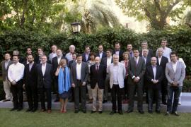 El PSOE aprueba su propuesta de reforma federal de la Constitución
