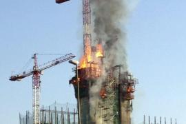 Extinguido el incendio de la nueva sede del BBVA de Madrid