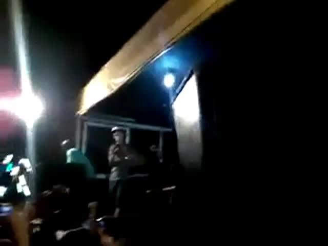 Un rapero brasileño recibe un tiro en plena actuación