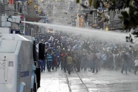 La policía turca desaloja el parque Gezi tres horas después de reabrirlo
