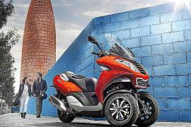 El scooter de 3 ruedas Peugeot Metropolis llega a España