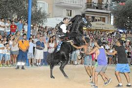 El Port celebra su IV Nit del Cavall