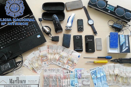 Tres detenidos como presuntos autores de 52 robos en hoteles de la Platja de Palma