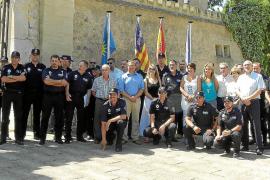 Andratx muestra el nuevo servicio policial de atención al turista al resto de municipios