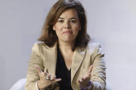 Sáenz de Santamaría: «Nada ni nadie evitará el empeño del Gobierno por salir de la crisis»