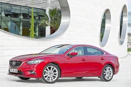 "Dos modelos de Mazda ganan el ""Best New Car"" de Auto Express"