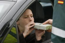 La DGT estudia elevar las multas por positivo en alcoholemia a 1.000 euros