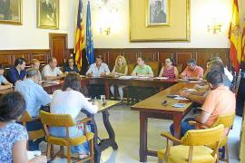 El nuevo alcalde reduce asesores y dietas y se ahorrarán 300.000 euros al año