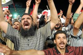 TENSIÓN EN LAS CALLES EGIPCIAS DEGENERA EN CHOQUES CON CUATRO MUERTOS EN EL CAIRO