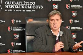 Martino admite que los Messi tuvieron relación con su fichaje