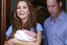 El hijo de los duques de Cambridge se llamará Jorge Alejandro Luis